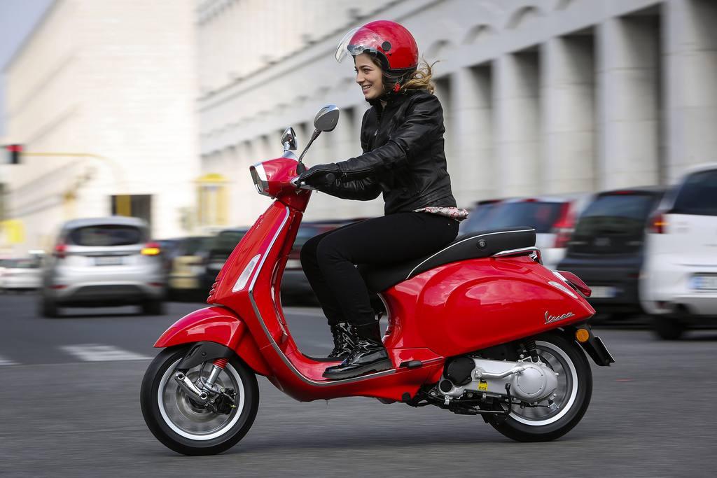 mujeres-y-motos-2